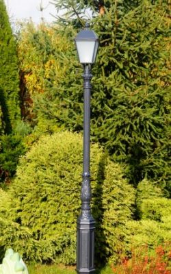 latarnia ogrodowa